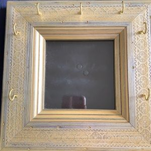 Pottery barn 4 inch frame with jewelry hooks